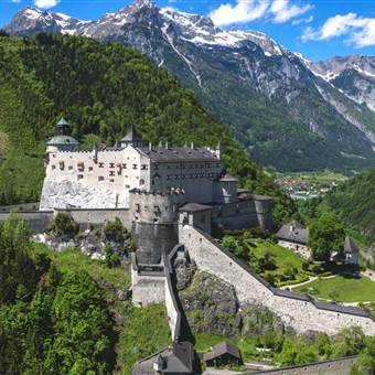 Burg Hohenwerfen im Sommer